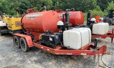 Ditch Witch MV800 vacuum with potholer